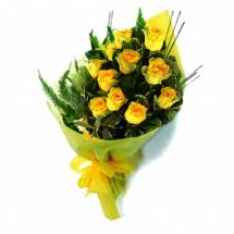 12 Yellow Roses Bouquet