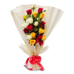 12 Assorted Roses In Bouquet