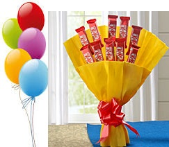 5 Air Filled Balloons 10 Kitkat Chocolate Bouquet Yellow Wrap