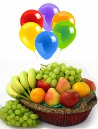 Basket of Fresh Fruits 2 Kg and�5 Air blown Balloons