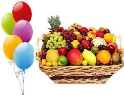 Basket of Fresh fruits 5 Kg and 5 air filled balloons