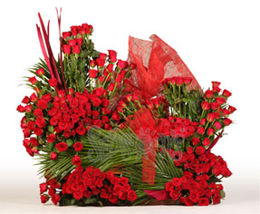 200 Red Roses Arrangement