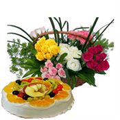 24 Mix�Roses Basket and 1/2 Kg fruit cake
