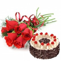 � Kg. Black Forest Cake with 6 Red roses