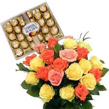 Box of 24 pieces ferrero rochers and 12 mix roses