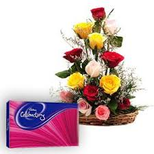 12 Mix roses basket with Celebration pack