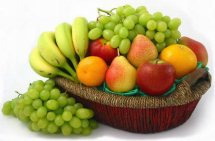 4 Kg. Fresh Fruits in Basket