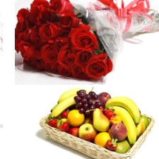 2 Kg. Fresh Fruits with a bunch of Red roses