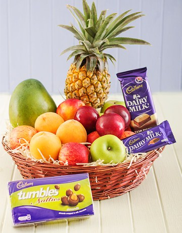 2 Kg. Fresh Fruits with 3 packs Cadburys Dairy Milk