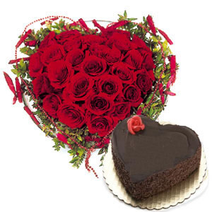 25 Red Roses Heart+1 Kg Eggless Chocolate Cake
