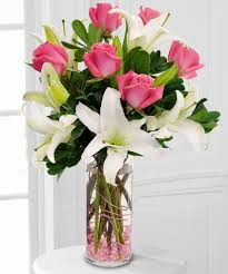2 White Lilies 6 Pink roses in Vase