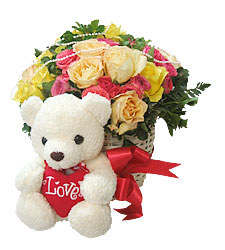Teddy (6 inches) With 12 Mix Roses