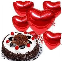 1/2 Kg Black Forest Cake with 5 Red heart Air Filled Balloons