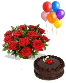 6 Air Filled Balloons with 8 red roses bouquet and 1/2 Kg chocolate cake
