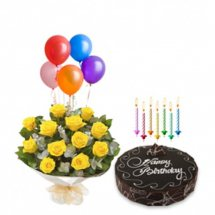 5 Air Filled Balloons with 8 yellow roses bouquet and 1/2 Kg chocolate cake with Packet of Candles
