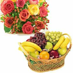 Basket of Fresh Fruits 2 Kg+12 Mix Roses