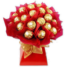 16 Ferrero chocolates in a bouquet