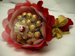 Bouquet of 16 Ferrero rocher chocolates Teddy 6 inches