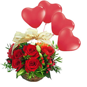 12 Red roses basket with 4 Air filled Red heart Balloons