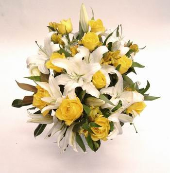Mixed Yellow and white Flowers Basket