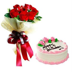 1/2 KG Strawberry Cake and 6 Roses Bouquet